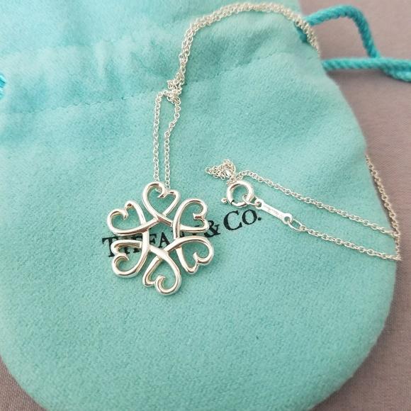 032fc7b5c T & Co Paloma Picasso loving heart necklace. M_5a5a68df36b9de2dfc62877c